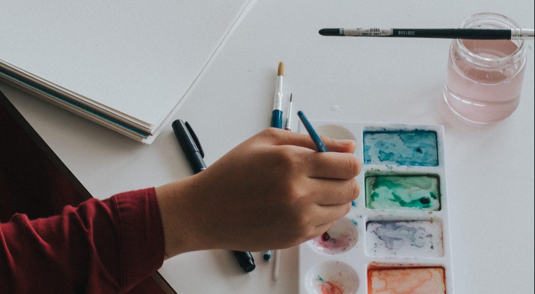 POSTE : Enseignant(e) en arts plastiques